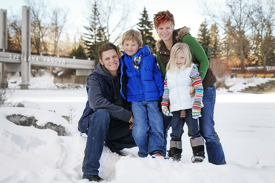 Winter family pics, Prince Island Park, downtown Calgary, Calgary parks