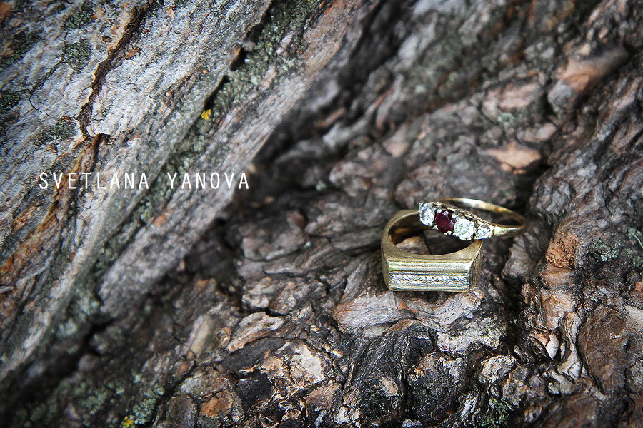 ring shot, Riley Park Calgary, anniversary photos, wedding anniversary, Calgary wedding photographer, Svetlana Yanova