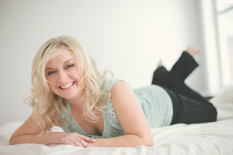 calgary boudoir photos, best boudoir photographers calgary, head shots calgary, beauty photos calgary, svetlana yanova