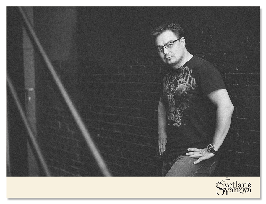 Calgary Portrait photographer, book cover images, business head shots calgary 6