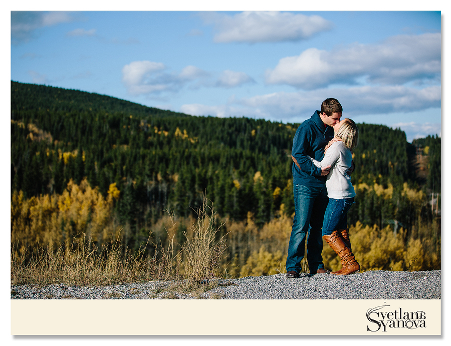 kananaskis engagement photos, calgary engagement photographers, calgary engagement photos, mountain engagement photos, wedding photographers calgary