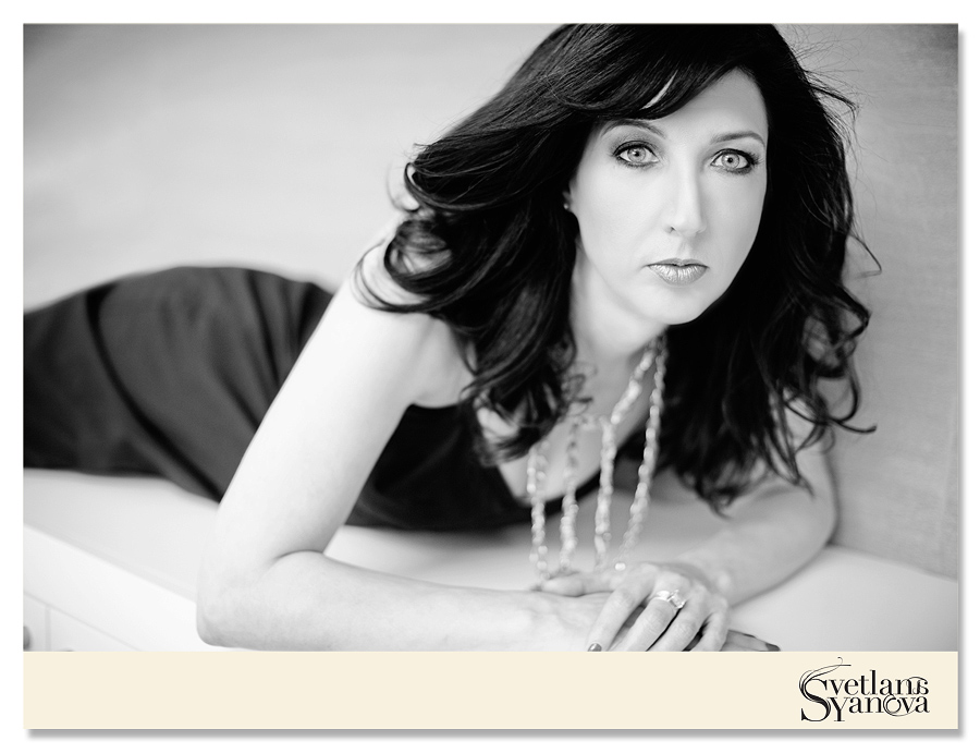 Calgary boudoir photos, calgary boudoir studios, calgary beauty photos, calgary beauty photographers, best boudoir photos indoors