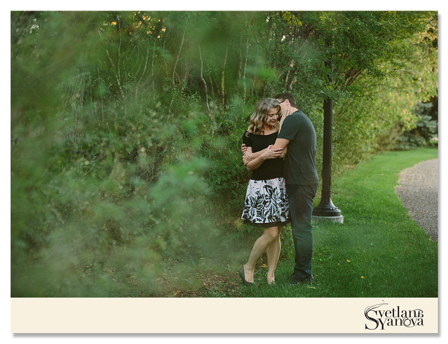 calgary couple's photos, calgary engagement photos, best engagement photos  calgary, fall engagement  photos, fun and loving photos, svetlana yanova