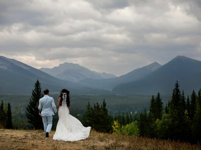 calgary wedding photos, bragg creek weddings, popup weddings calgary, calgary wedding planner, svetlana yanova, svetlana yanova photos, intimate weddings calgary, calgary wedding photos, kananaskis wedding photos, delta kananaskis